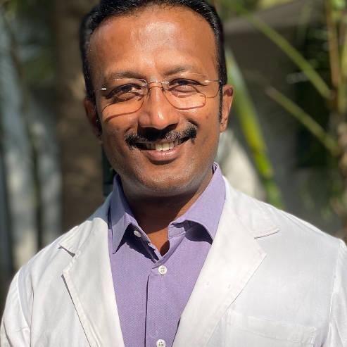 Dr. Pavankumar G Chebbi, Orthopaedician Online