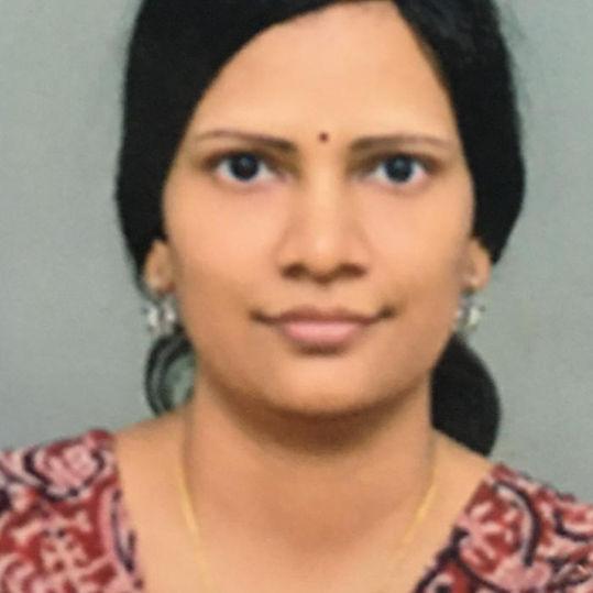 Dr. Nagashree Undinti, Obstetrician & Gynaecologist Online