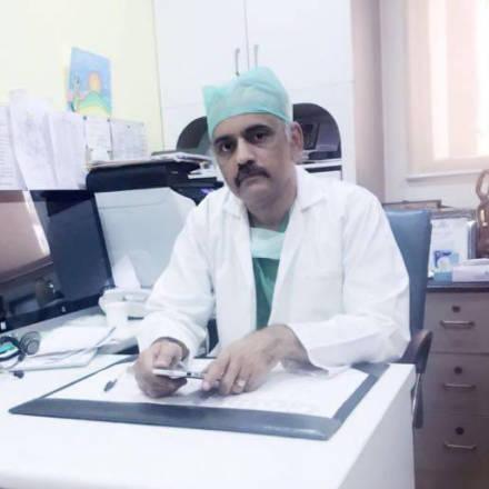 Dr. Sandeep Guleria, Transplant Specialist Surgeon Online