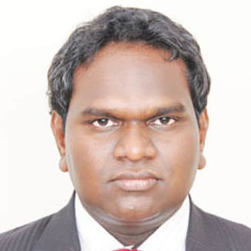 Dr. Manohar Prasad Bomidi, General Physician/ Internal Medicine Specialist Online