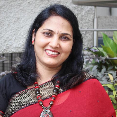 Dr. Tejaswini Deepak, General Physician/ Internal Medicine Specialist Online