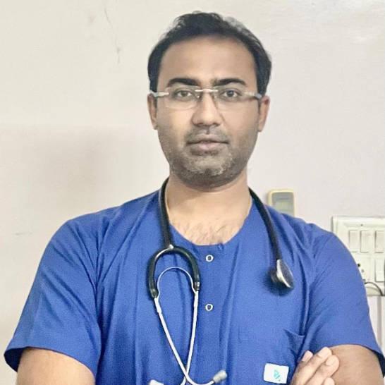 Dr Avinash Gupta, General Physician/ Internal Medicine Specialist Online