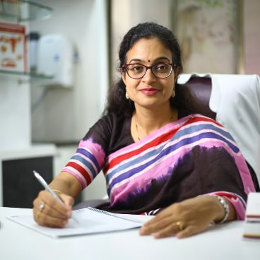 Dr. Himani Sharma, Obstetrician & Gynaecologist Online