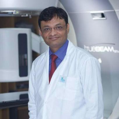 Dr. Suman Das, Radiation Specialist Oncologist Online