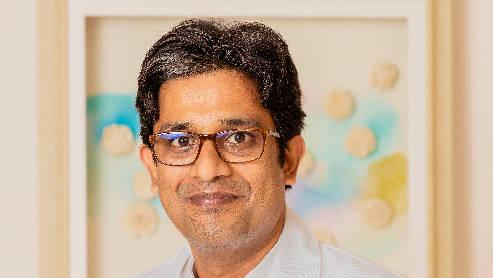 Dr. Vishnu Ramanujan