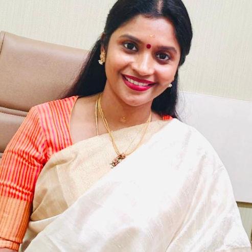 Dr. Karthiga Devi, Obstetrician & Gynaecologist Online