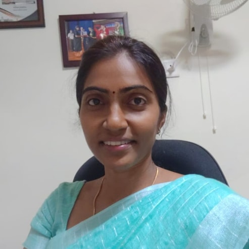 Dr. Udhyakumari T, Obstetrician & Gynaecologist Online