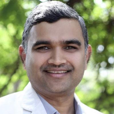 Dr. Akshay Chhallani, General Physician/ Internal Medicine Specialist Online
