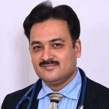 Dr. Raza Shah, General Physician/ Internal Medicine Specialist Online